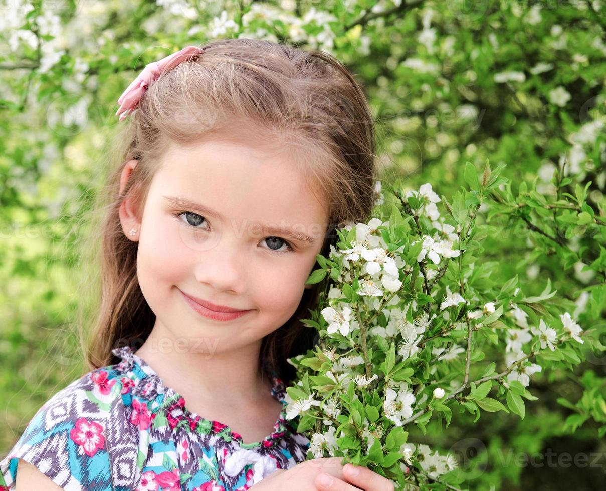 portrait, de, adorable, sourire, petite fille photo