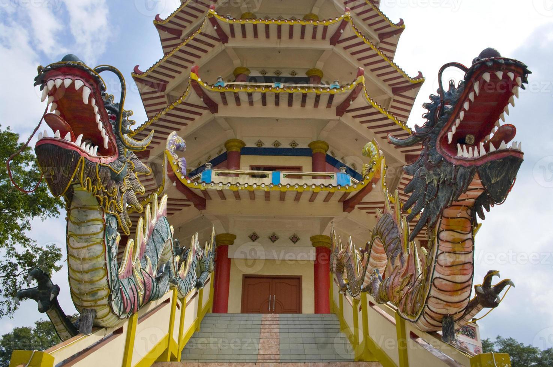 Pagode à l'île de Kemarau, Palembang, Indonésie photo