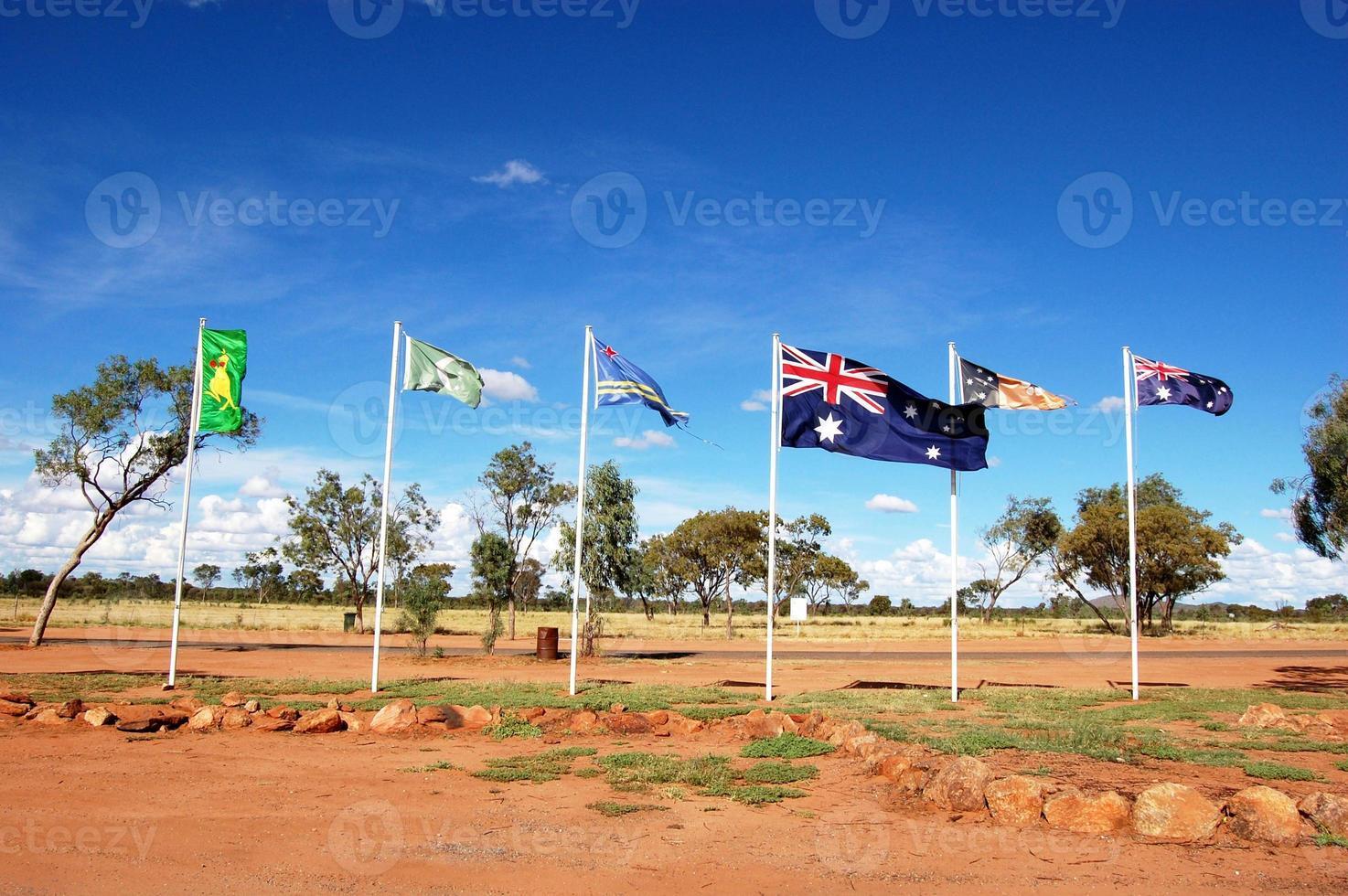 drapeaux australiens et autochtones photo