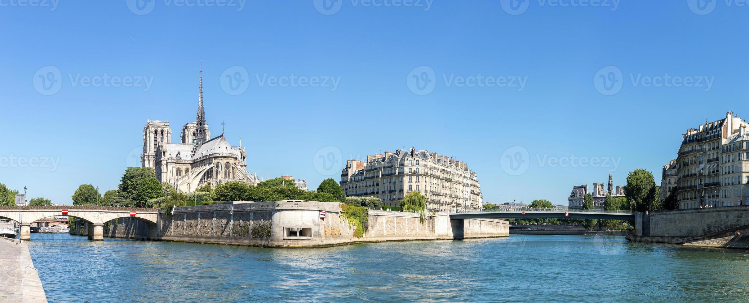 panorama de paris notre dame photo