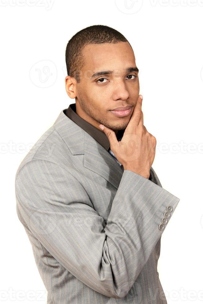 homme d'affaires pensif afro-américain photo