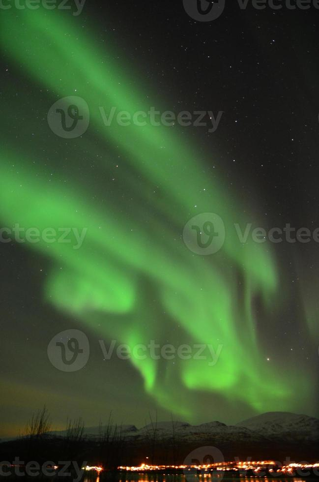 aurores boréales dans le nord de la norvège photo