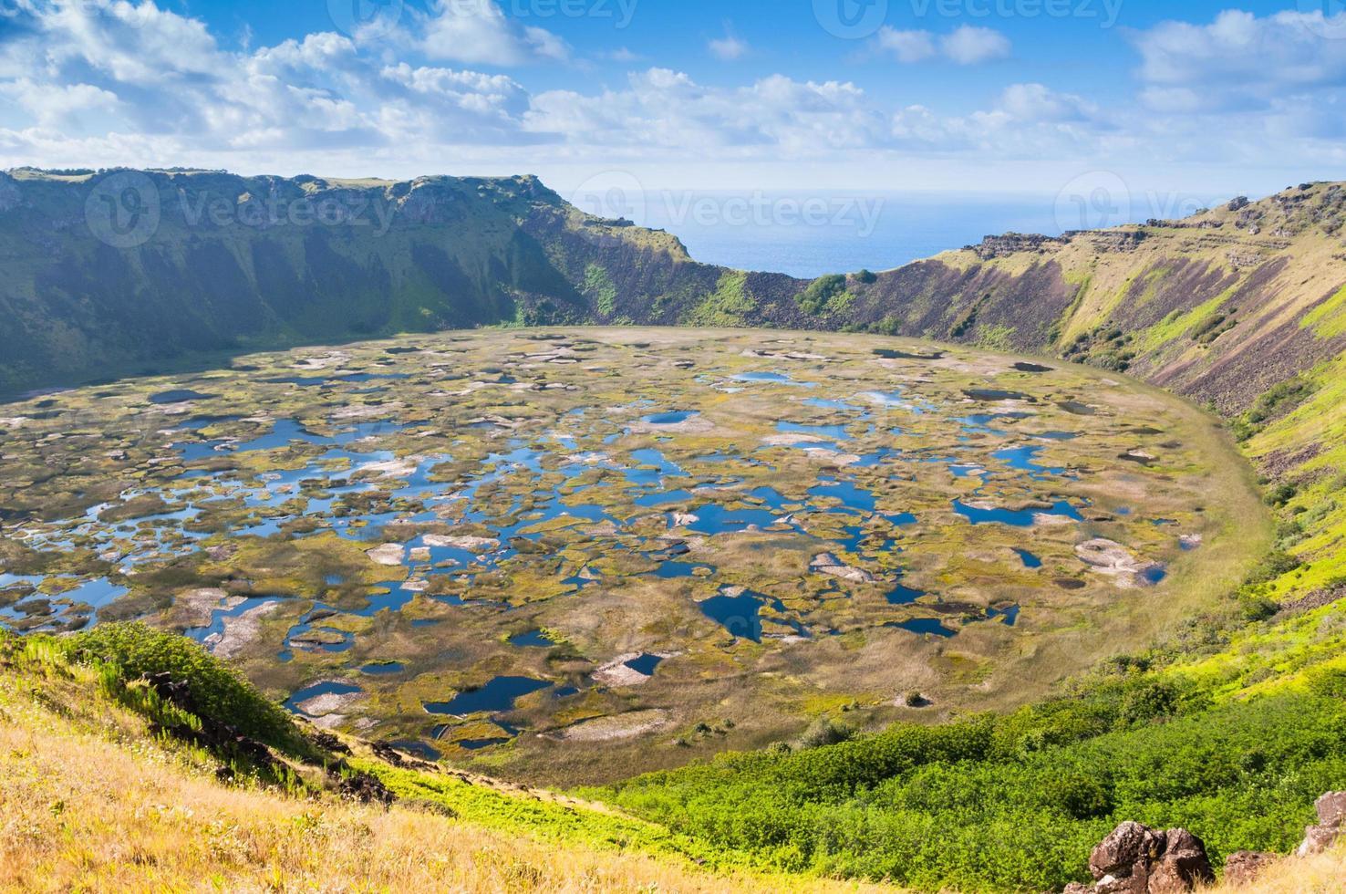 volcan Rano Kau, île de Pâques (Chili) photo