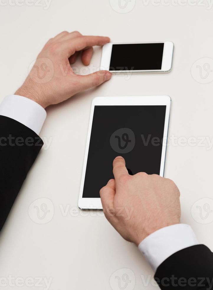 homme affaires, travailler, tablette pc, et, smartphone photo