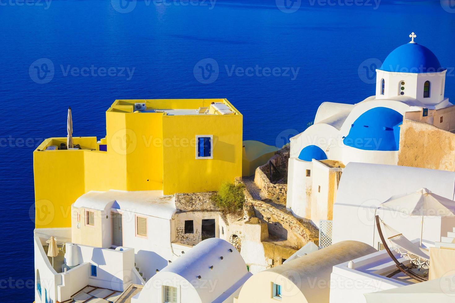 Vues de Santorin sur la caldeira, Oia, Cyclades, Grèce photo