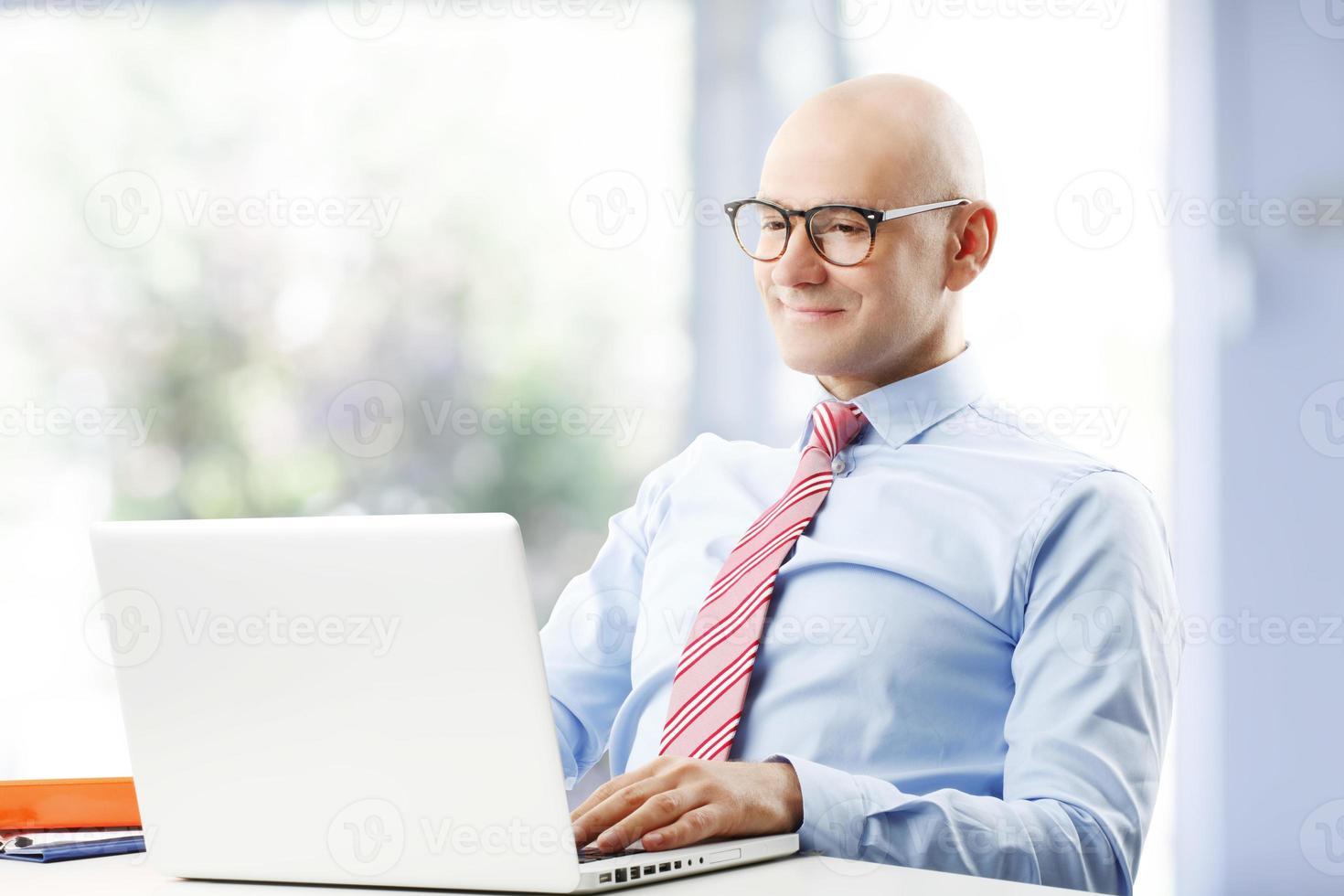 homme d'affaires senior photo