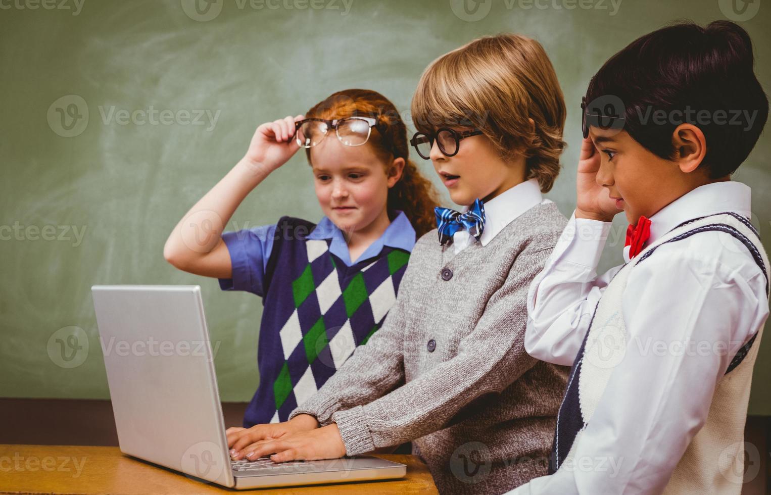écoliers, utilisation, ordinateur portable, classe photo