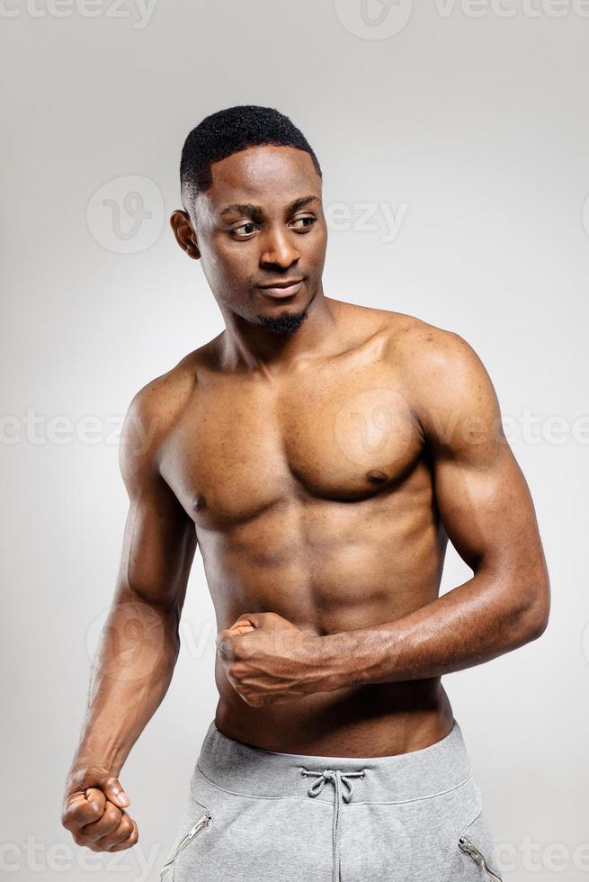 pompé, homme américain africain, après, séance entraînement photo