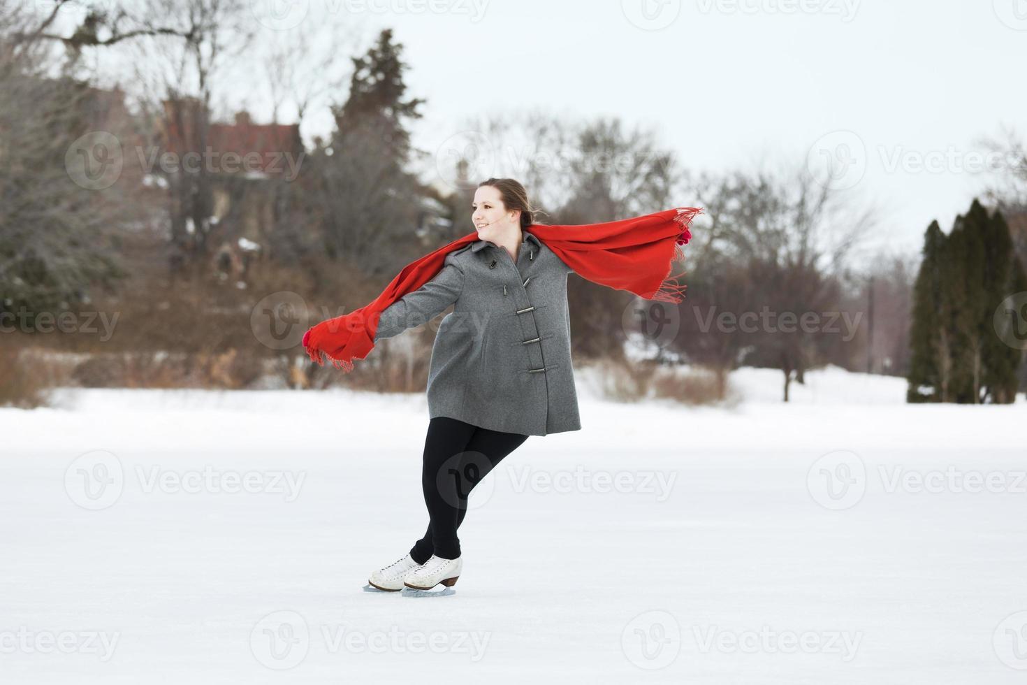 jeune, adolescente, patineur, apprécier, hiver, extérieur, patinage, hz photo