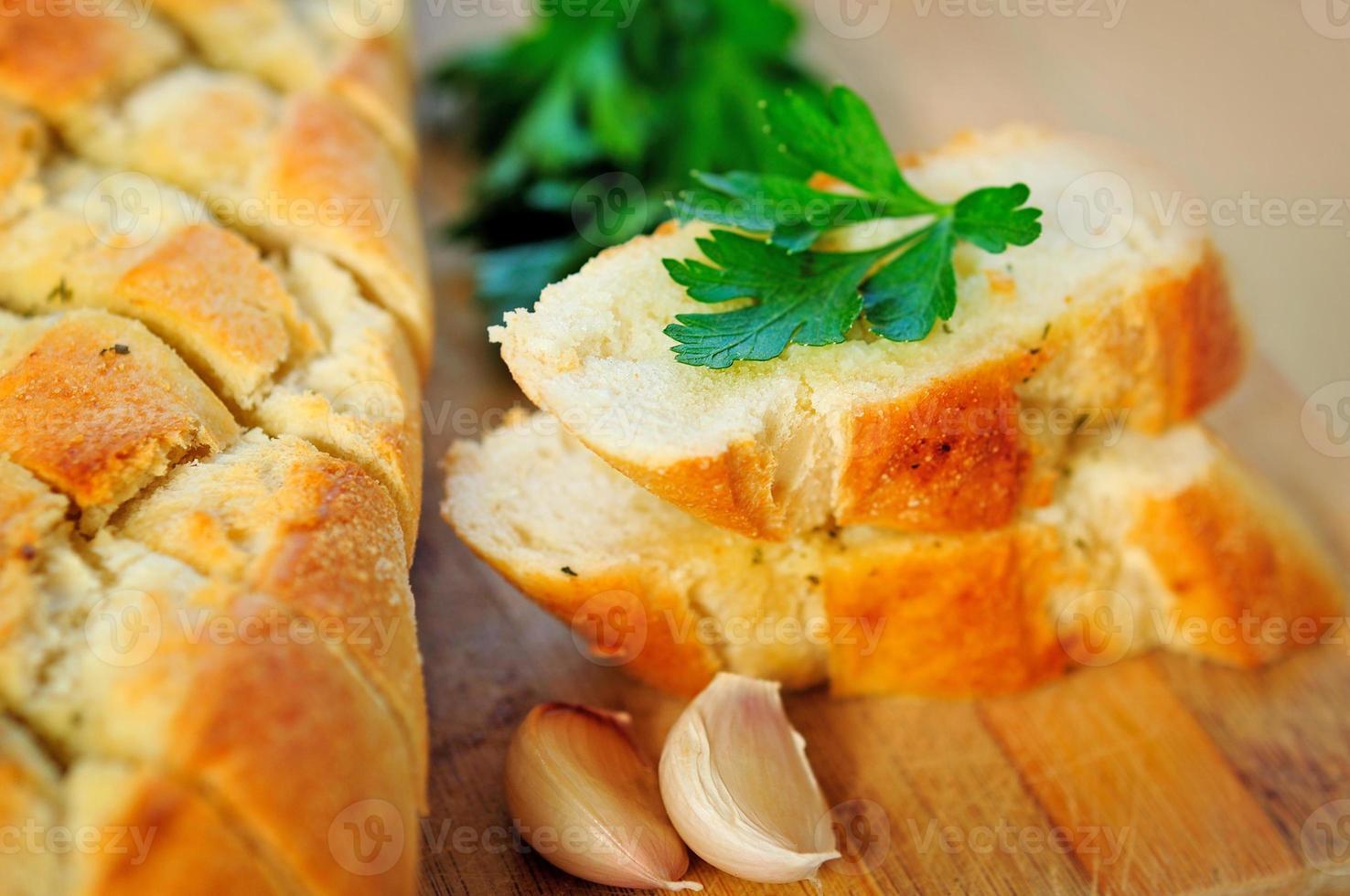 pain aux herbes photo