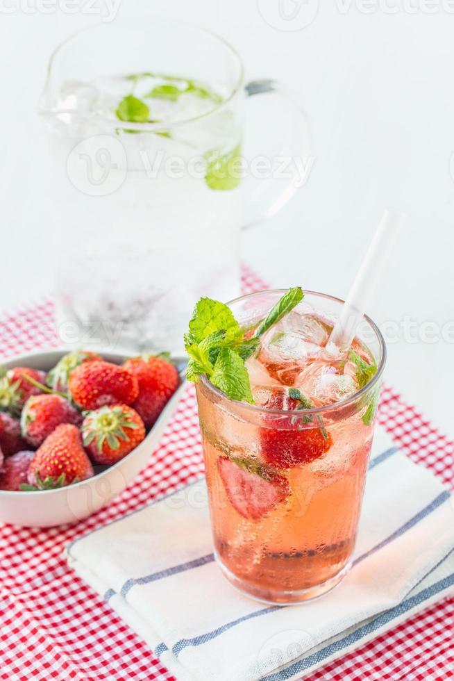 boisson aux fraises photo