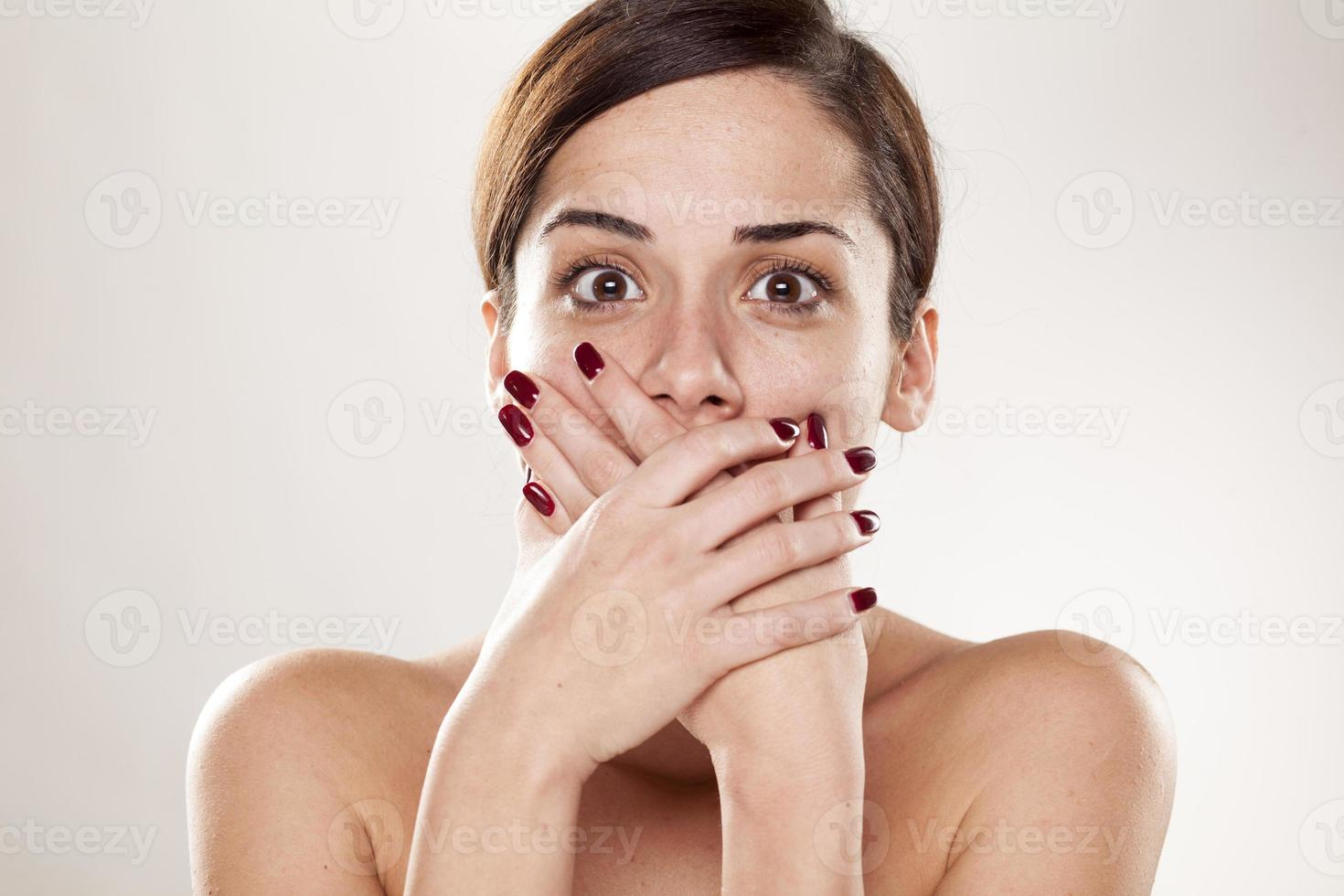 fille choquée photo