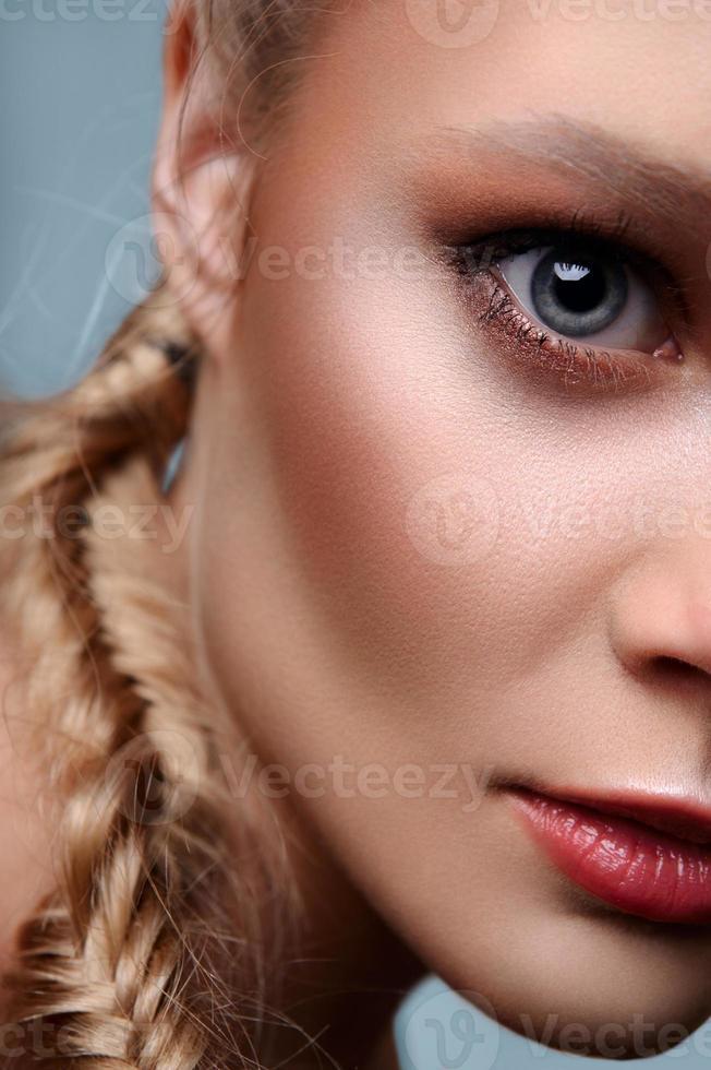 modèle commercial de beauté de mode photo