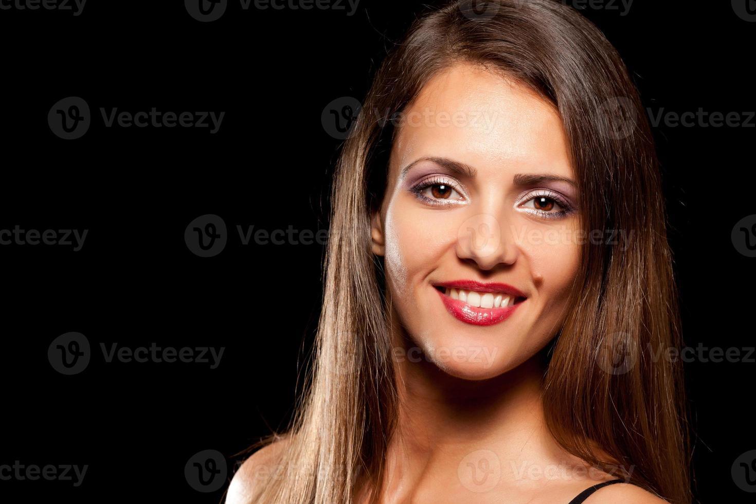 belle jeune femme avec tache de naissance photo