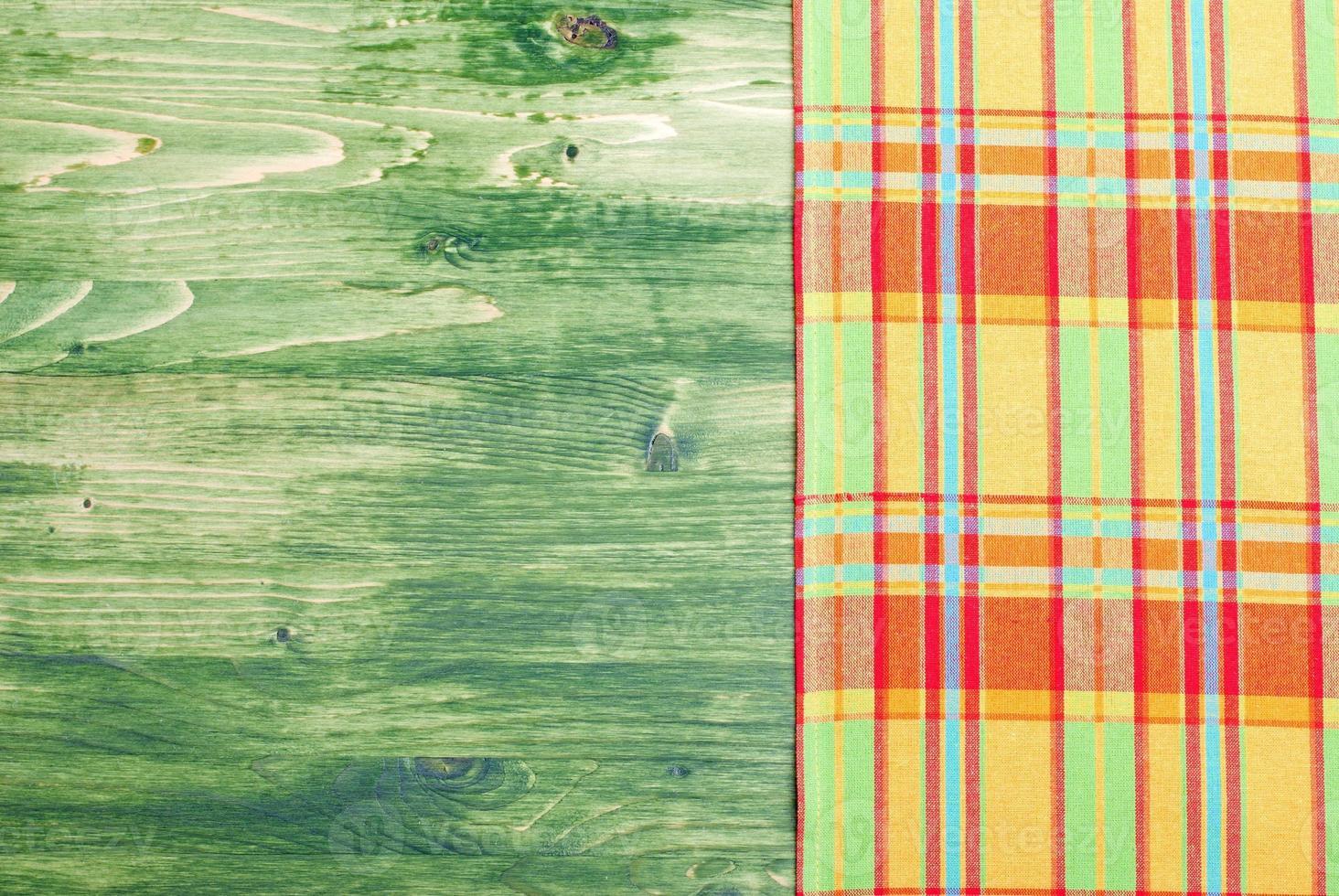 serviette sur un tableau vert à droite, l'espace gauche photo