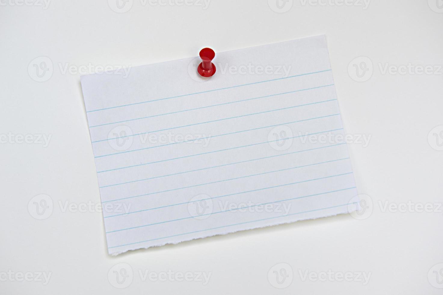 papier à lettres ligné isolé photo