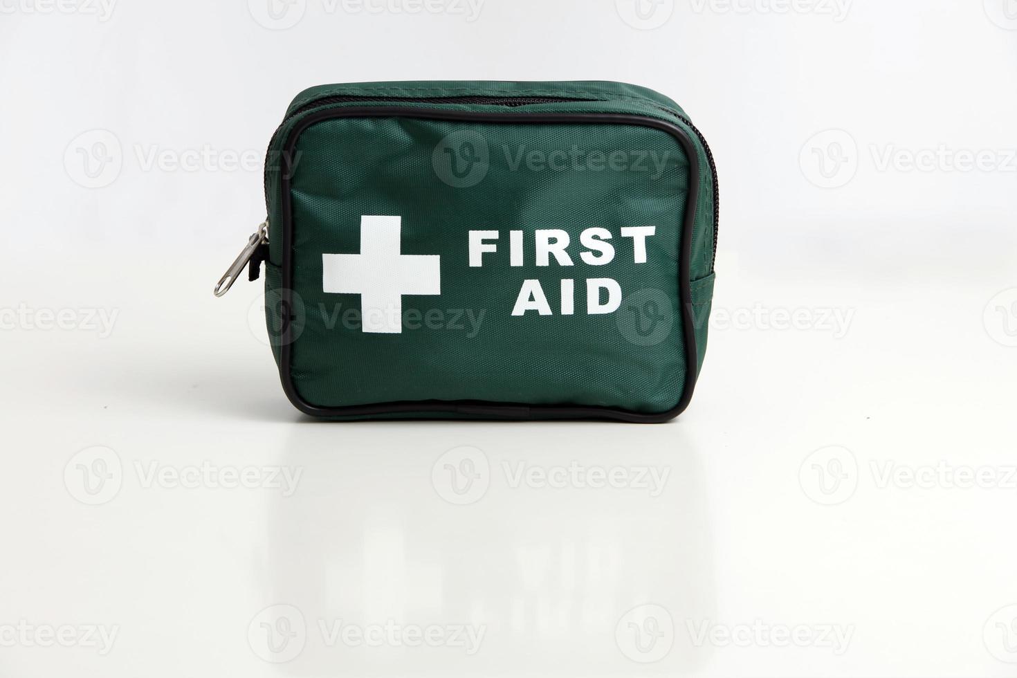 trousse de premiers secours photo