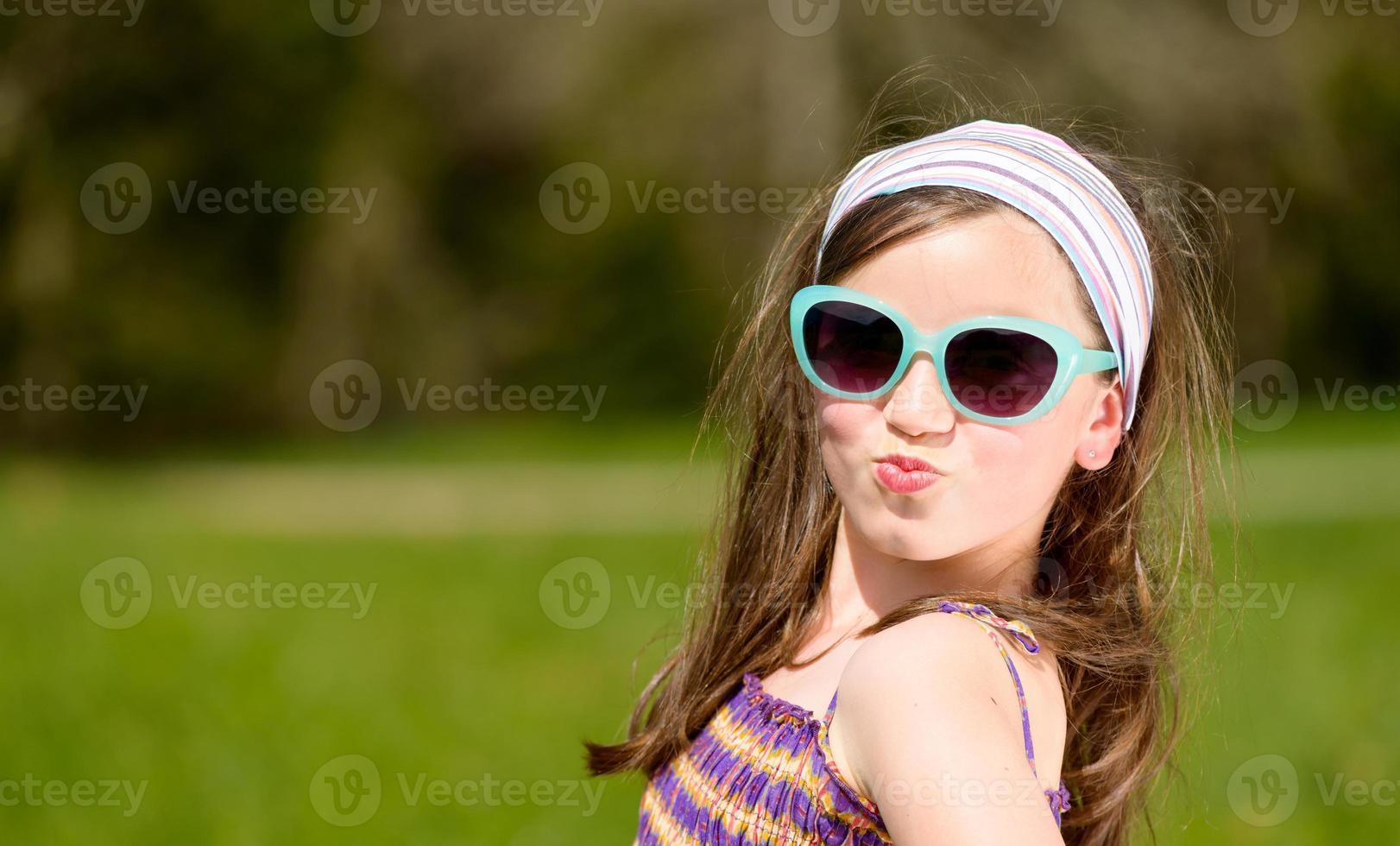 portrait d'une jolie jeune fille photo