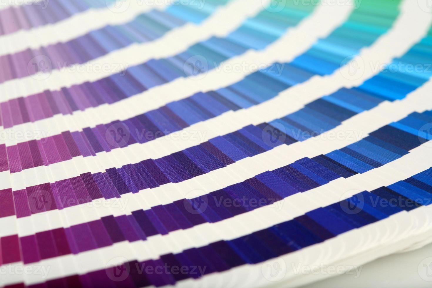 nuancier violet-> vert photo