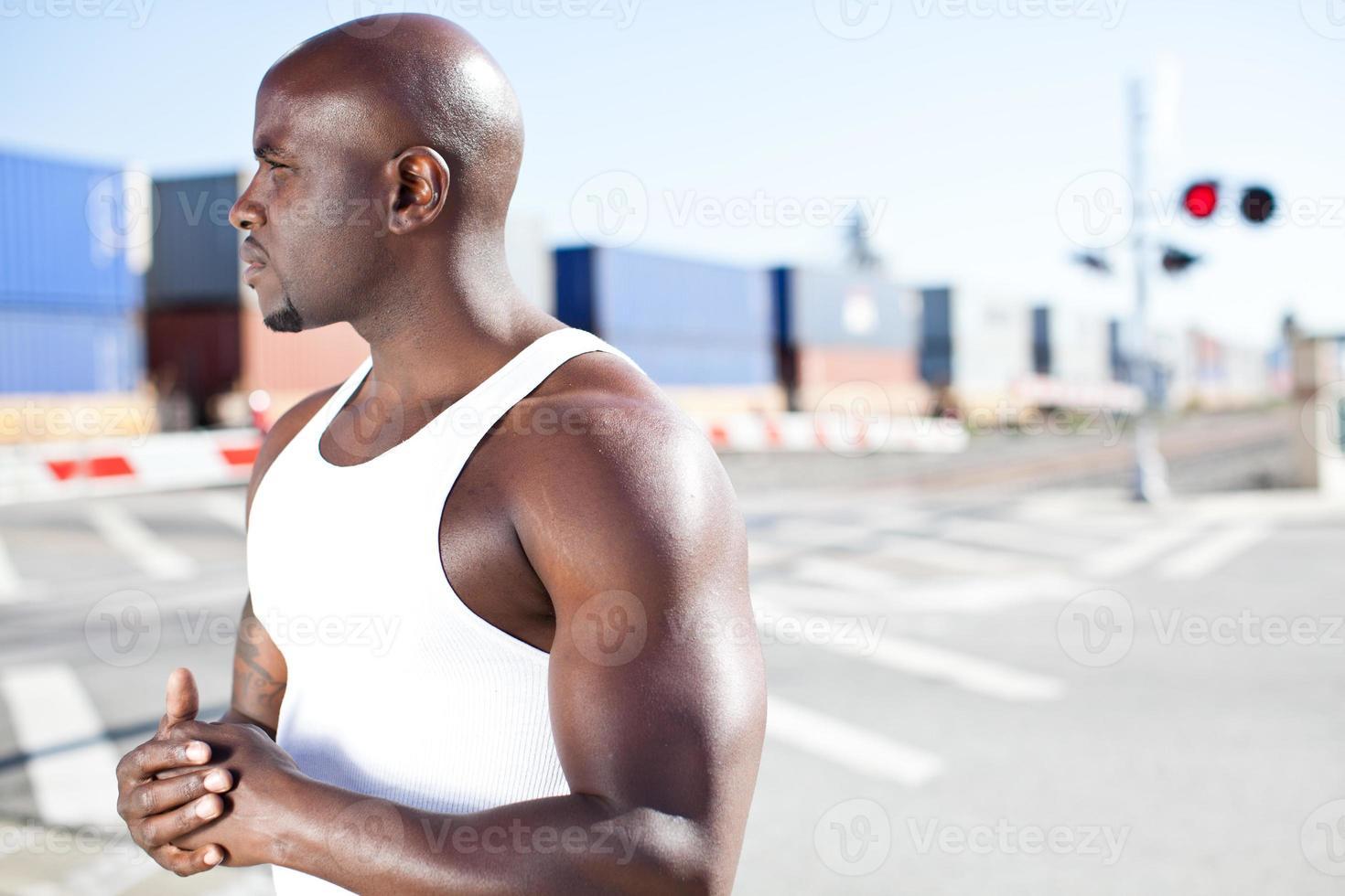 jeune, mâle noir, par, voie ferrée photo