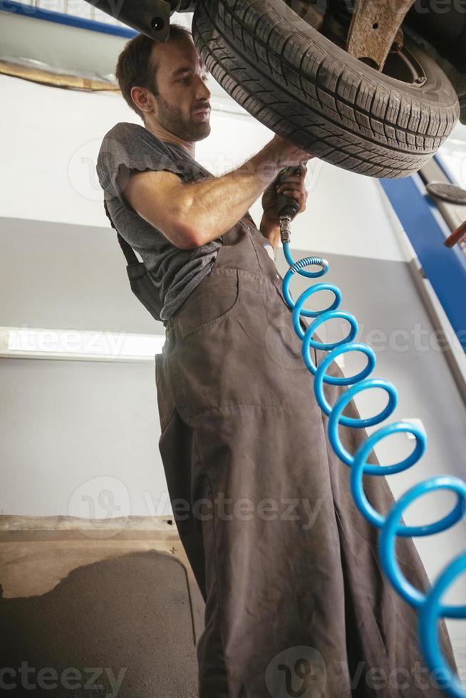 réparation automobile photo