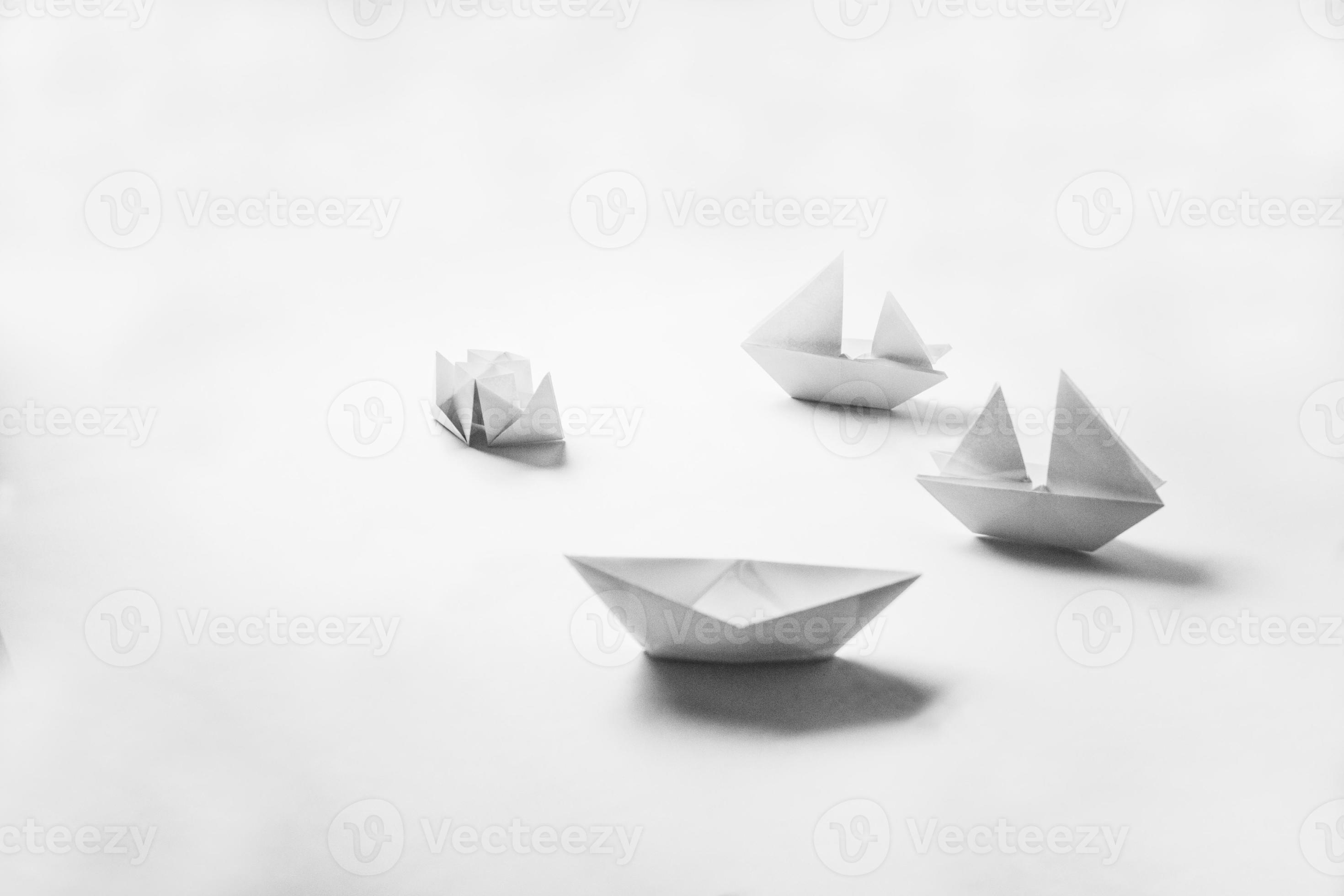 Cooperation D Origami Faconne Des Bateaux Banque De Photos