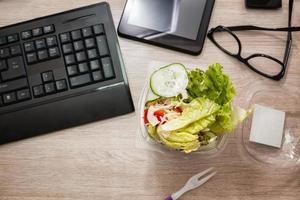 l'heure du déjeuner au bureau photo