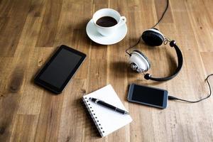 travailler avec la tablette et prendre des notes
