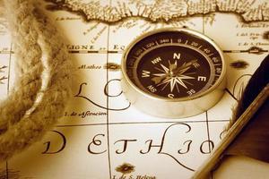boussole sur la carte photo