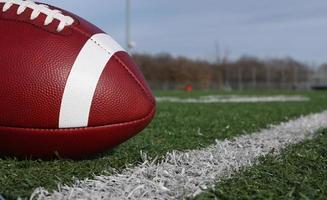 football près de la ligne de triage photo