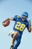 joueur de football avec ballon photo