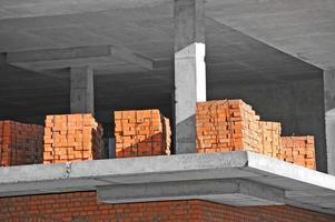 pile de briques photo