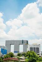 tour d'éléphant sur le ciel bleu. photo