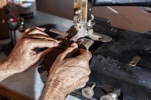 lisser le cuir