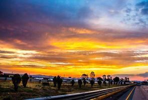 coucher de soleil sur l'autoroute mexico -queretaro