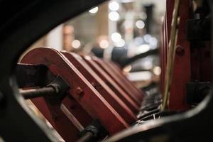 pièces de moteur rouge