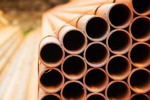 pile de tuyaux en acier