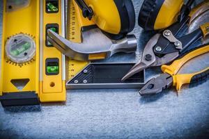 essayer carré construction niveau griffe marteau pince coupe-acier ea photo