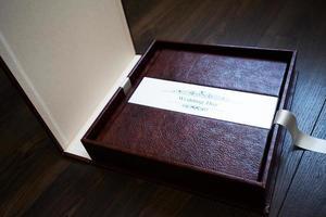 livres photo en cuir faits à la main