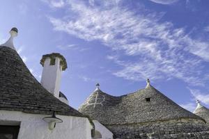toit de type unique de maisons trulli. photo