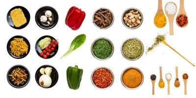 aliments et épices pour la santé (détourage). photo