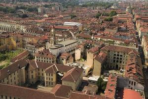 Turin, Italie - vue sur les toits photo