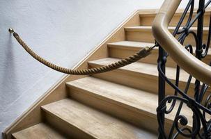 vieil escalier en colimaçon