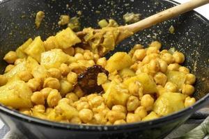 Pois chiche au curry photo