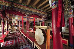 intérieurs, monastère bouddhiste, vers, mai 2011, ladakh, inde photo