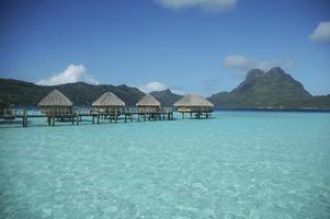 cabanes à tahiti photo