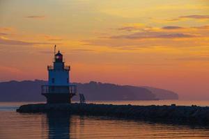 lever du soleil au phare de Spring Point photo