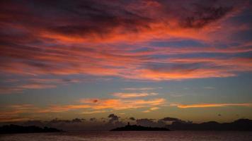 vor sonnenaufgang photo