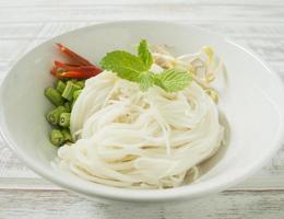 vermicelles de riz thaï photo