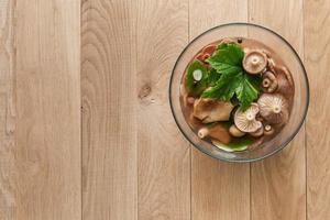 champignons de lait marinés photo